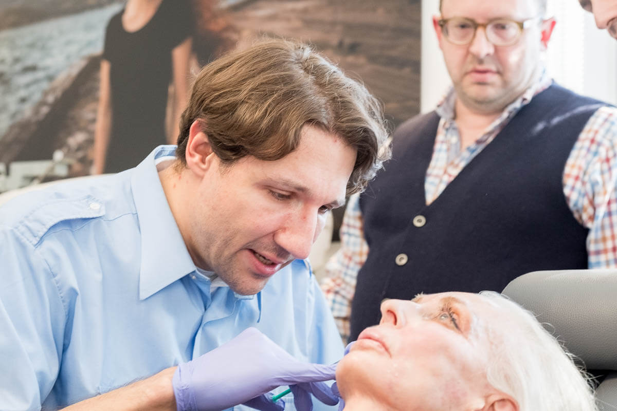 Dr. P. Stein, Frankfurt/Main